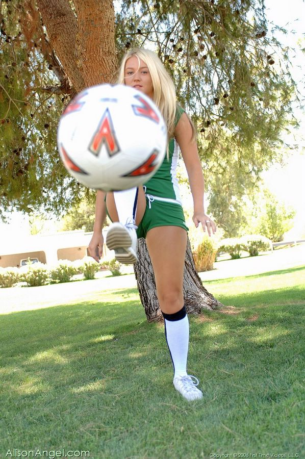alison angel rooting for the world cup in mexican outfit